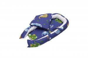 Baby Nest Somnart: Cosulet bebelusi + Salteluta 42x84x2 cm + Paturica 70×70 cm model Dinozauri