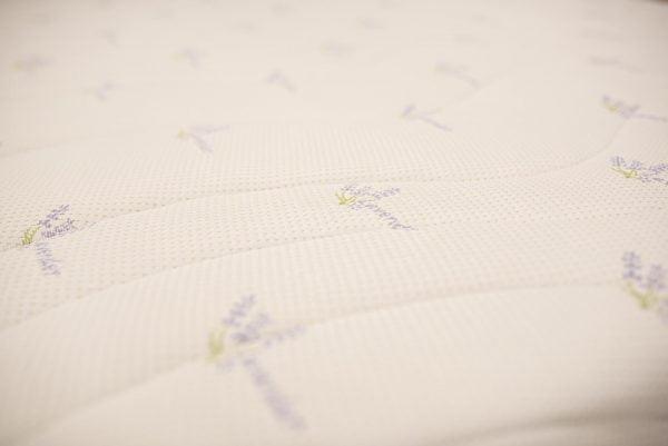 Saltea ortopedica Somnexpert Lavanda 160x200x16cm spuma poliuretanica cu memorie 14+2cm,  husa tratata cu lavanda, lavabila si detasabila cu fermoar, fermitate medie