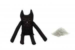 Perna in forma de pisica SomnArt, bumbac, umplutura sare, Negru
